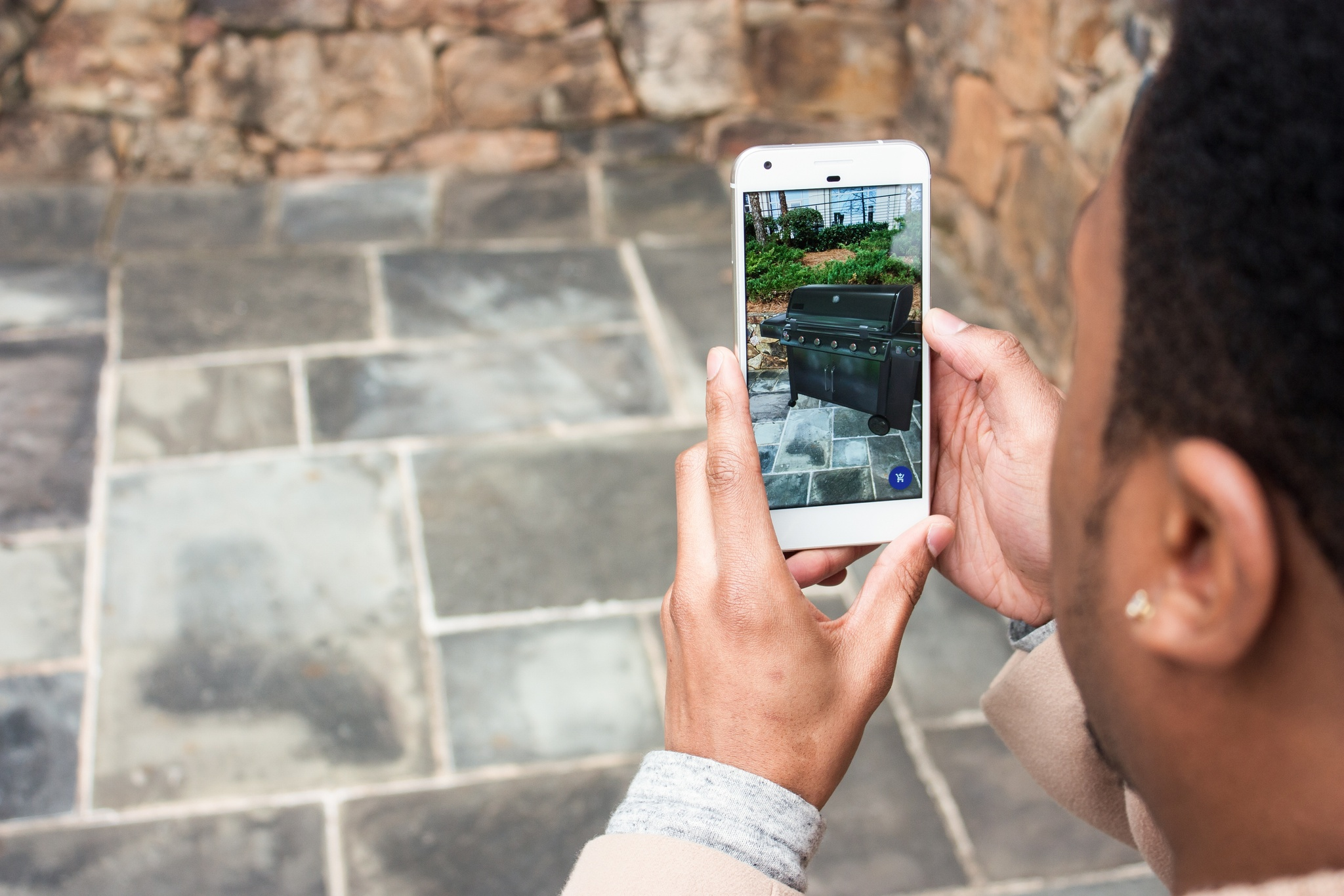 Shoppers eager for e-commerce benefits from AR and voice