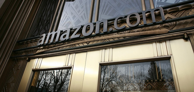 Amazon lowers free shipping minimum again, escalating price war with Wal-Mart | Retail Dive